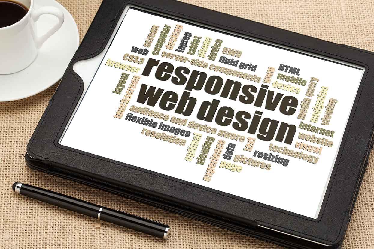 Ist eine Online-Stellenanzeige im Responsive Design programmiert, passt sich die Darstellung der Anzeige automatisch auf alle Bildschirmgrößen an und ist somit für alle mobilen Endgeräte optimiert.