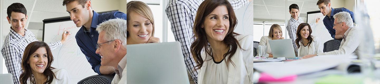 Bild Iventa Mitarbeiter bei der Entwicklung einer Personalmarketingkampagne
